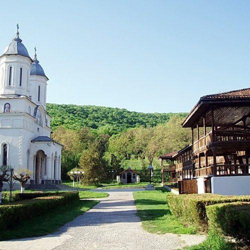 Mănăstiri Nordul Dobrogei